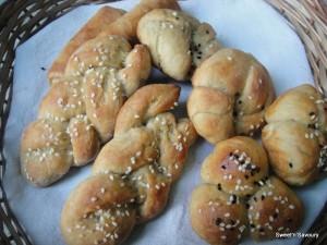 Amrita _ Eggless Whole Wheat Dinner rolls